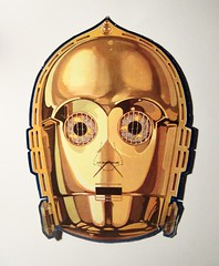 Threepio - C-3POs Cereal Box Premium Star Wars Mask 8566 (Brechtbug) Tags: c3pos cereal box reverse side back cover free premium cut out cardboard star wars mask threepio andriod from 1984 80s 1980s vintage paper card board kellogg kelloggs halloween holiday science fiction robot disguise syfy scifi space opera nyc 2018