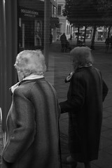 7012019 (Noah420) Tags: street escala de grises old lady white head d7200 bnw gijon asturias