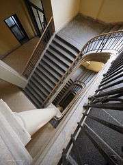 Berlin - Spandauer Straße (Claudia L aus B) Tags: ©claudialeverentz berlin bezirkmitte deutschland humboldtuniversität spandauerstrase treppe treppenhaus