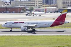 EC-JFN | Iberia | Airbus A320-214 | CN 2391 | Built 2005 | LIS/LPPT 01/05/2018 (Mick Planespotter) Tags: aircraft airport a320 nik sharpenerpro3 portela portugal lisbon delgado humbertodelgado humberto ecjfn iberia airbus a320214 2391 2005 lis lppt 01052018