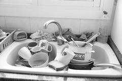 Día 447 (acido askorbiko) Tags: dishes home dirty beauty kaos wash kitchen art blackandwhite blacknwhite disorder landscape landscapelovers landscapephotography landscapehunter landscapes portrait portraiture portraitsuniverse photography photographer canon7d canonphotography canonespaña canonusa noedit nofilters sinfiltros
