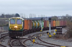 Irish Rail 215 in Portarlington. (Fred Dean Jnr) Tags: iarnrodeireann irishrail irish rail 215 portarlingtonstationlaois february2011 iwt generalmotors electromotivedivision 201class