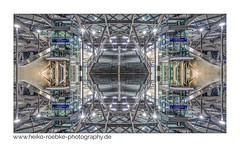 Spiegelkabinett / hall of mirrors (H. Roebke) Tags: canon1635mmf28lisiii de architektur building germany city gebäude kronsberg farbe canon5dmkiv spiegelung hannover architecture abstract messeost 2019 station color