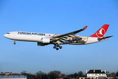 TC-JOG_MAN_171218_KN_182 (JakTrax@MAN) Tags: egcc man manchester ringway airport turkish airlines tcjog year troy airbus a330 333 a330300 330300 runway 23r