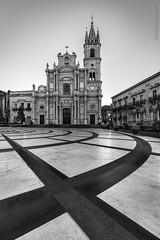 Piazza Duomo Acireale (davide.calasanzio) Tags: duomo irix15mmf24blackstone irix15mm landscape piazza acireale architettura irix paesaggio flikrsicilia geometria geometry