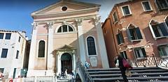 10 (ERREGI 1958) Tags: canale veneto venezia venicitalia italy ponte bridge chiesa church persona passante