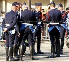 "bootsservice 18 800504 (bootsservice) Tags: uniforme uniformes uniform uniforms bottes boots ""riding boots"" moto motos motorcycle motorcycles motard motards biker motorbike gants gloves police policier policiers policeman policemen parade défilé ""14 juillet"" ""bastilleday"" ""champselysées"" paris"