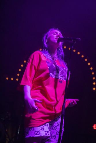 Billie Eilish fan photo