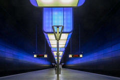 Subway station Hafen City University (Christian Möller) Tags: subway hamburg deutschland germany lights lichter beleuchtung ubahn blau blue