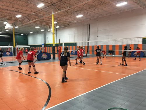 """Waterford Volleyball • <a style=""""font-size:0.8em;"""" href=""""http://www.flickr.com/photos/152979166@N07/32289834208/"""" target=""""_blank"""">View on Flickr</a>"""