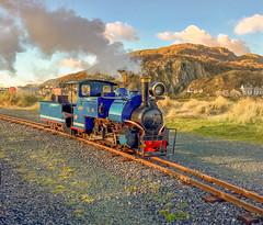 Fairbourne Light Railway (Elaine 55.) Tags: photohopexpress fairbournelightrailway engine steam sherpa