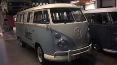 35-YD-37 Volkswagen Transporter kombi 1500 1975 (Wouter Duijndam) Tags: 35yd37 volkswagen transporter kombi 1500 1975 braziliaan