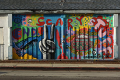 End Scary Stuff.jpg (remiklitsch) Tags: endgunviolencetogether endscarystuff mural venice california color colors colorful remiklitsch nikon peace beautifyearth toms hammerramsey blue red