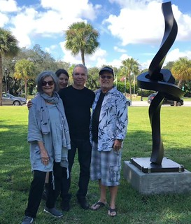 Alberto Cavalieri's amazing installation at Miami Shores' Park. In the company of dearest friend George Neary, artist Elisabetta Balasso and Liana Perez, Art Circuits' Publisher