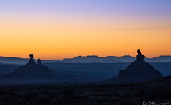Dawn in the Valley of the Gods (Bring back Bears Ears!) (Bill Bowman) Tags: dawn sunrise valleyofthegods bearsearsnationalmonument franklinbutte roosterbutte sittinghenbutte fourcorners utah