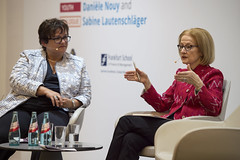 ECB Youth Dialogue with Danièle Nouy and Sabine Lautenschläger, Frankfurt am Main (European Central Bank) Tags: ecb europeancentralbank bankingsupervision ssm danielenouy sabinelautenschläger sabinelautenschlaeger frankfurtammain frankfurt school finance management students youthdialoguewithnouy ecbyouthdialogue
