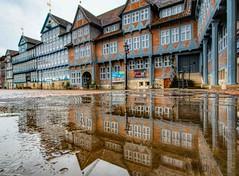 Rainy Days (carsten.plagge) Tags: 2019 a6300 januar kopfsteinpflaster pfützen rathaus regen sony stadtmarkt wolfenbüttel