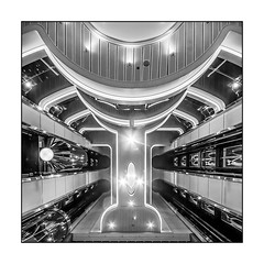 Spaceship Two (Panasonikon) Tags: nikond7100 sigma1020 bw sw schiff fähre weitwinkel panasonikon fahrstuhl elevator perspektive architektur colorline quadrat square