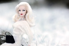 Snow-Time! (lichtspuren) Tags: taggame snowtime integritytoys fashionroyalty stagepresenceveronique veroniqueperrin blonde lichtspuren