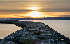 Edmonds at Sunset (icazadori) Tags: edmonds washington pnw sunset rocks water pier clouds landscape seagulls birds