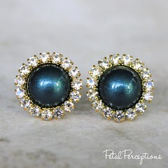 Gorgeous dark teal and gold wedding jewelry! These teal pearls are also available with a silver or rose gold setting. https://t.co/h7PKLihFZM https://t.co/fxxixxicM2 (petalperceptions.etsy.com) Tags: etsy gift shop fashion jewelry cute