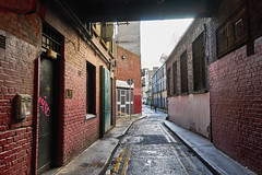 Narrow Low Abbey BackStreet in Dublin (Phoenix Konstantin) Tags: sonya7 sonyvariotessartfe2470mmf4zaoss sel2470z ireland dublin street