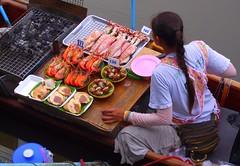 Amphawa floating market (patrick555666751 THANKS FOR 5 000 000 VIEWS) Tags: amphawa floating market marche flottant thailande thailand thailandia asie asia sud est south east food mercado mercat seafood produit de la mer gambas crevette shrimp calamari calamar snails escargots coquille saint jacques scallops