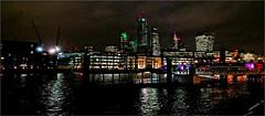 (frscspd) Tags: img1922 iphone london southbank cityscape citylandscape thames river riverthames reflection night contrast presepe