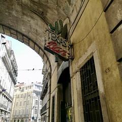 Lisbon 2018 – Texas bar (Michiel2005) Tags: texasbar bar sign bord uithangbord lisbon lisboa lissabon portugal