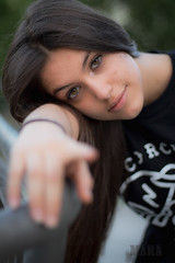 (95Maraa) Tags: parque niña girl alicia niños salamanca spain canon1100d canon mara mara958 95maraa tamaraarcehernández arcehernández hernández españa castleandleon castillayleón europa green eyes ojos