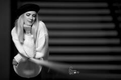 Lucie (Vianney Vaubourg) Tags: portrait noiretblanc noir blanc bokeh béret pull laine escaliers lumière flash light profoto profotob1x profotothelightshapingcompany b1x ocf boîteàlumière octogonale octo airttl airremotettl nikon nikkor d4s nikond4s 200mm f2 f2g vr 200f2 afsnikkor200mmf2gedvr fx ed vianney vaubourg photographer vianneyvaubourgphotographe luciebeaudoin miss lorraine nancy grandnancy 2019