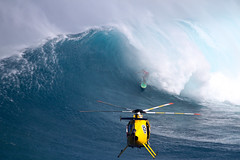 BillyKemperairdropbarrel4JawsChallenge2018Lynton (Aaron Lynton) Tags: jaws peahi xxl wsl bigwave bigwaves bigwavesurfing surf surfing maui hawaii canon lyntonproductions lynton kailenny albeelayer shanedorian trevorcarlson trevorsvencarlson tylerlarronde challenge jawschallenge peahichallenge ocean