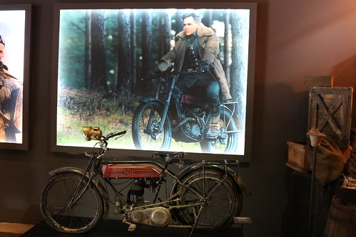 "Steve Trevor's motorcycle from Wonder Woman (2017) • <a style=""font-size:0.8em;"" href=""http://www.flickr.com/photos/28558260@N04/44374059920/"" target=""_blank"">View on Flickr</a>"