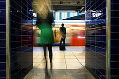 Rush hour - Sloane Square (Luke Agbaimoni (last rounds)) Tags: londonunderground london londontube train transportforlondon trains streetphotography