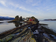 A little islet in a fjord. (Mrs.Snowman) Tags: humla holme islet fjord ålesund december walk hike norway westernnorway