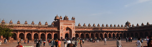 Fatehpur from the inside