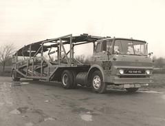 GMC Tilt-cab: CCI #3118 (PAcarhauler) Tags: gmc coe carcarrier semi tractor trailer truck