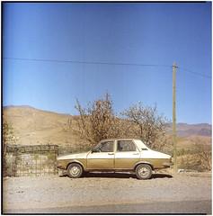 .when does this bus leave? (Herr Benini) Tags: film 6x6 120 mediumformat analog morocco africa goldencar car gold renault12 renault