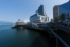 Beyond the Waterfront (Sir_Francis_Barney) Tags: vancouver canada kanada waterfront