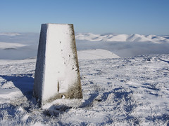 23_01_2019_0242 (andysuttonphotography) Tags: snowy trig point summit worm hill tweedsmuir southern uplands scotland scottish hills winter wintry snow cold freezing frozen triangulation pillar ordnance survey surveying top high temperature inversion cloud valley fog mist foggy misty sunny blue sky bright white clear clean pristine outdoor outdoors ice icy frost frosty