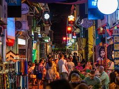 Busy night at Haji Lane (Thanathip Moolvong) Tags: singapore centralregion sg