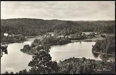Postkort fra Agder (Avtrykket) Tags: bolighus hus innsjø postkort skog vann tvedestrand austagder norway nor