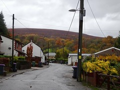 Tram Road, Upper Cwmbran 8 November 2018 (Cold War Warrior) Tags: tram cottages mountain cwmbran autumn mynyddmaen