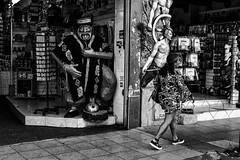 (charly84_jq) Tags: nikon nikond3200 nikonistas nikonista nikonargentina nikon3200 argentina arg byn blancoynegro bnw blackandwhite blackandwhitephoto bnwphoto bnwphotography fotoblancoynegro bnwphotograpy photobnw streetphotography streetphoto street callejeando calle city ciudad people gente