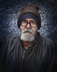 Reilly (mckenziemedia) Tags: homeless homelessness chicago city urban street streetphotography portrait portraiture man goatee glasses hat stockingcap coat winter people