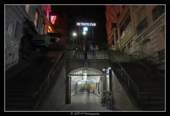 2019.01.28 Paris by night 5 (garyroustan) Tags: paris france french iledefrance ile island building architecture ville ciudad city life nuit night light color colour noche