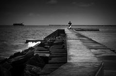 Ligthhouse (David Cucalón) Tags: davidcucalon lighthouse seascape mar sea blackandwhite black white faro