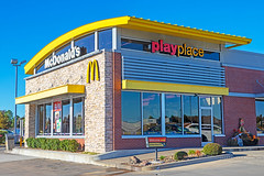 McDonald's PlayPlace (ezeiza) Tags: oklahoma ok mcalester mcdonalds goldenarches golden arches fastfood fast food restaurant door sign drivethrough drivethru drive through thru playplace play place playground