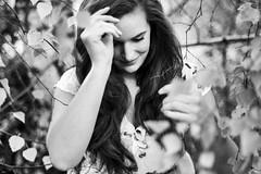 Autumn... (lichtflow.de) Tags: haare hair gesicht face blackandwhite schwarzweis trees outdoor romantisch natürlich wonderful eos nature sw bw portrait portraits canon mädchen frau girl woman