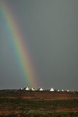 arc-en-ciel sur les maisons (mimu_13) Tags: bretagne europe finistere france plogoff pointeduraz arcenciel paysage rainbow village samsungnx nx500
